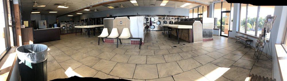 The Laundry Spot: 1367 Ariana St, Lakeland, FL