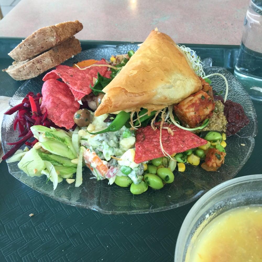The green door vegetarian restaurant 18 photos - Green vegetarian cuisine ...