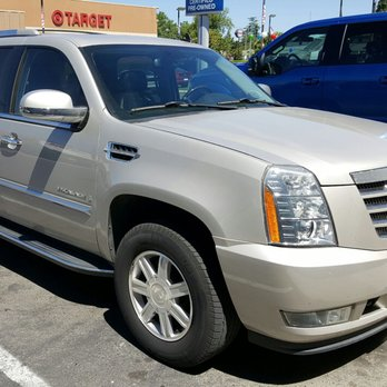 Lithia Ford Lincoln of Fresno 134 s & 137 Reviews