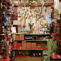 Photo Of Backyard Bird Shop   Vancouver, WA, United States. Hummingbird  Feeders And