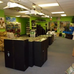 green acres indoor garden hydroponics 10 photos hydroponics 514 state ave marysville. Black Bedroom Furniture Sets. Home Design Ideas