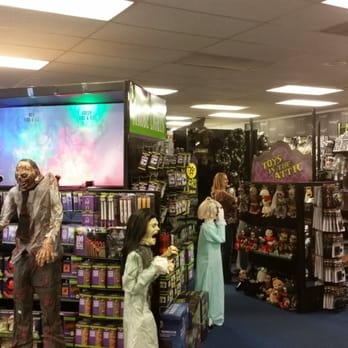 Spirit Halloween - CLOSED - Costumes - 1025 Palm Ave, Imperial ...