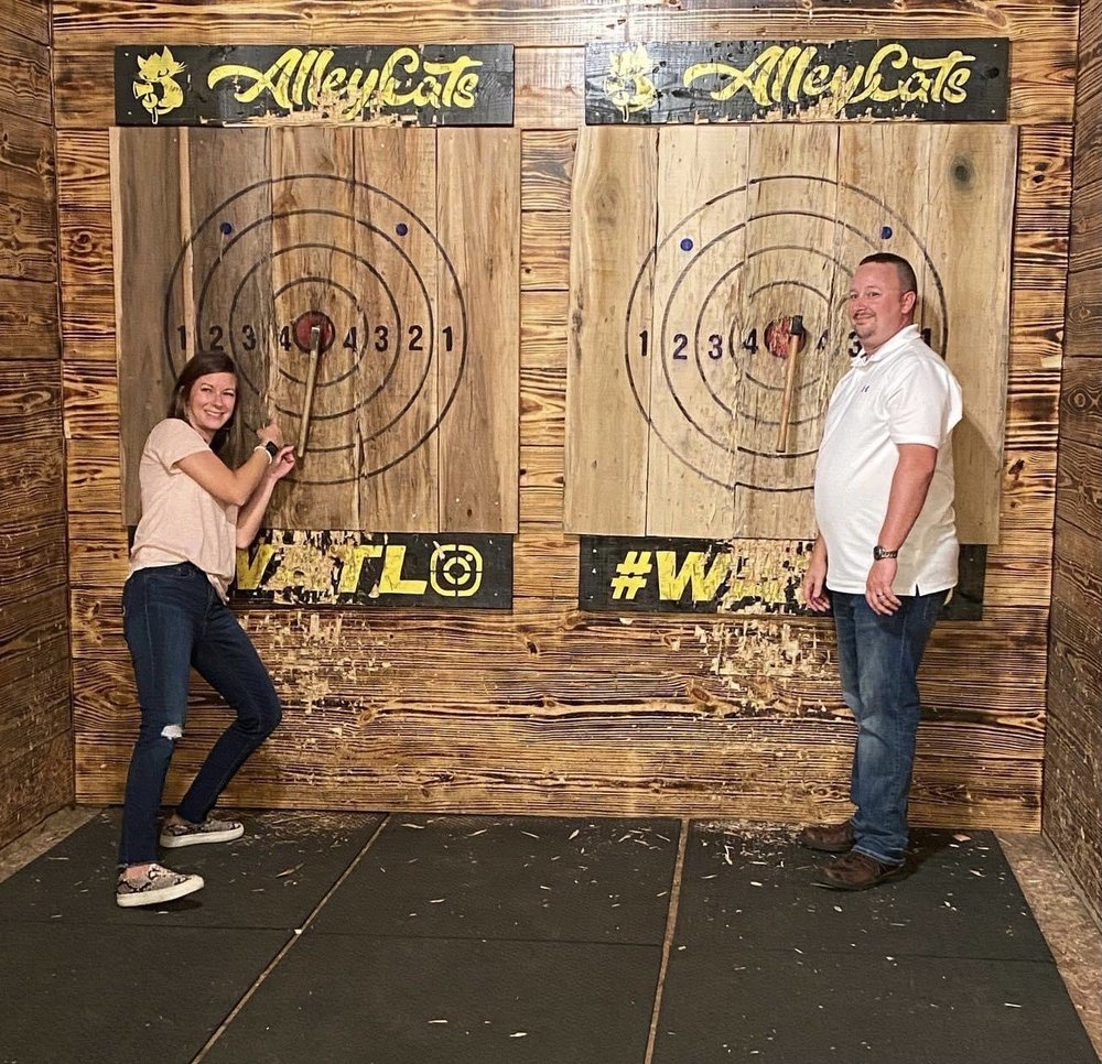Alley Cats Axe Throwing Company: 220 W Pine St, Hattiesburg, MS