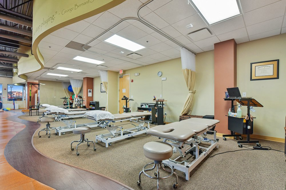 The Jackson Clinics, Physical Therapy: 43490 Yukon Dr, Ashburn, VA