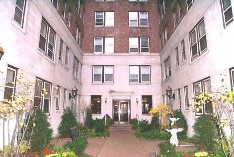 1100 N Lasalle Apts Apartments 1100 N La Salle Dr Ofc