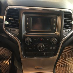 Photo of Complete Mobile - Scarborough, ME, United States. 2015 Jeep Grand Cherokee original dash
