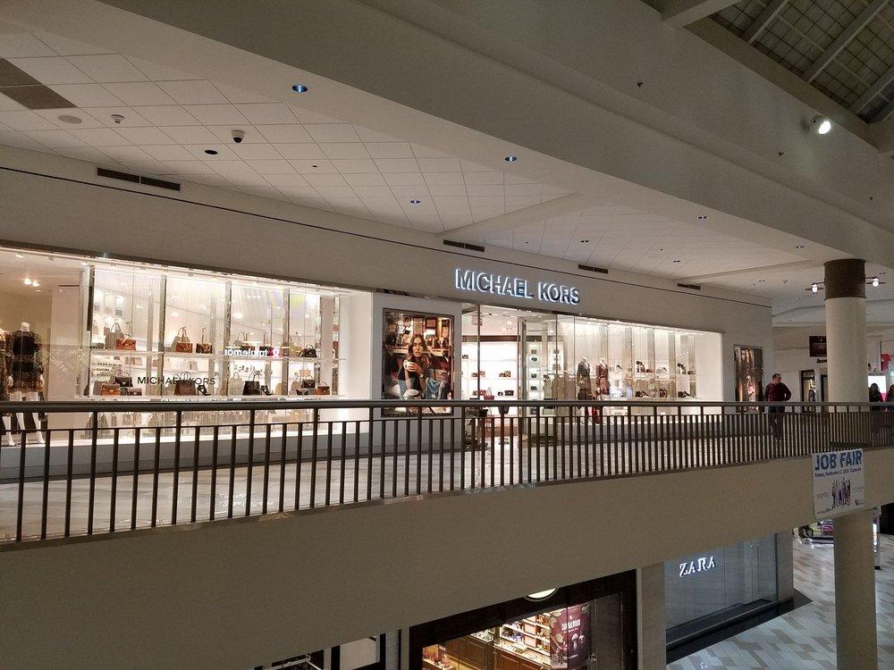 Michael Kors: 1 Crossgates Mall Rd, Albany, NY