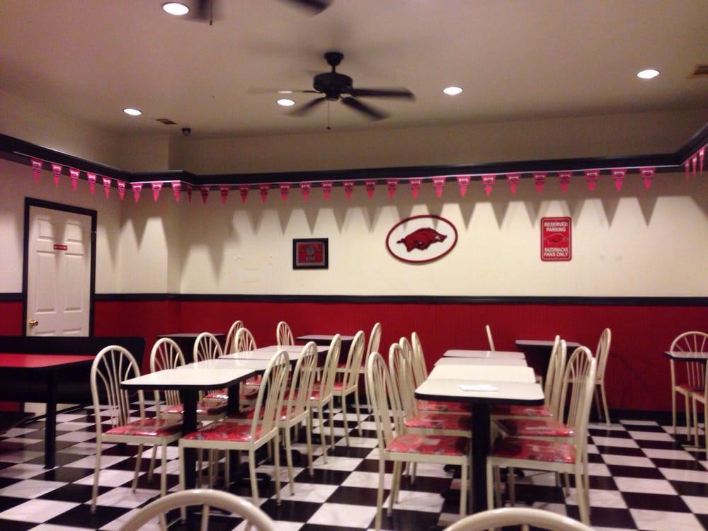 Pizza Pro: 300 E 8th St, Danville, AR