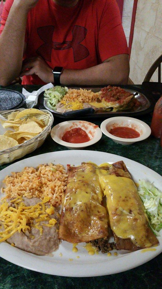 Fabiola's Restaurant: 302 N Washington Ave, Wellington, KS