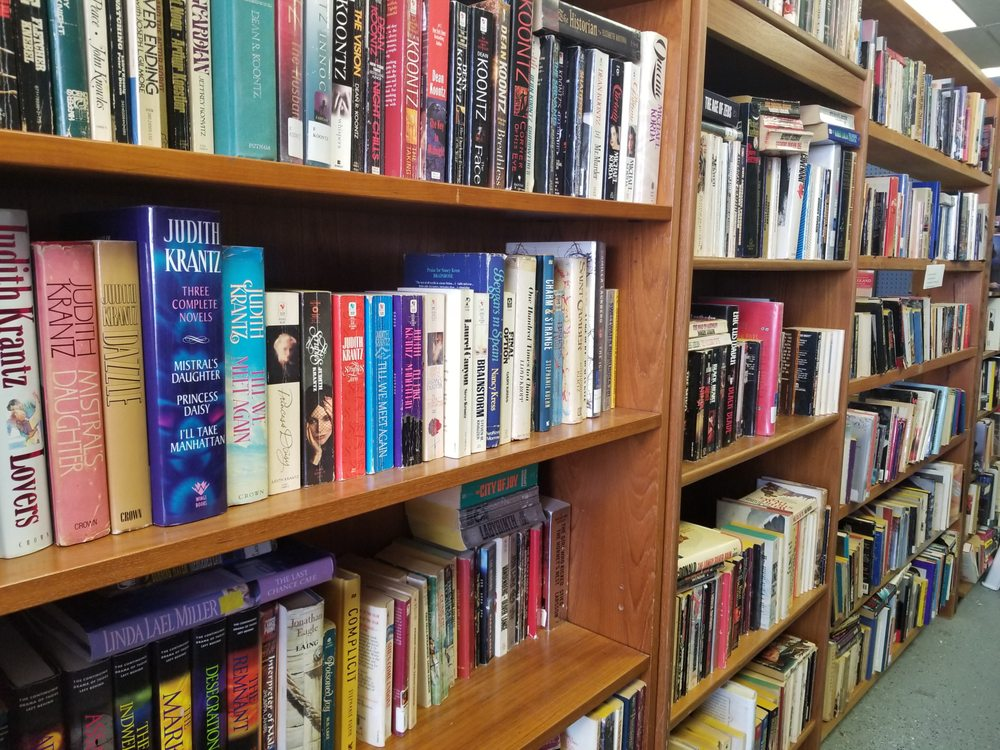 Print and Page Booksellers: 514 S Smith Ave, Corona, CA