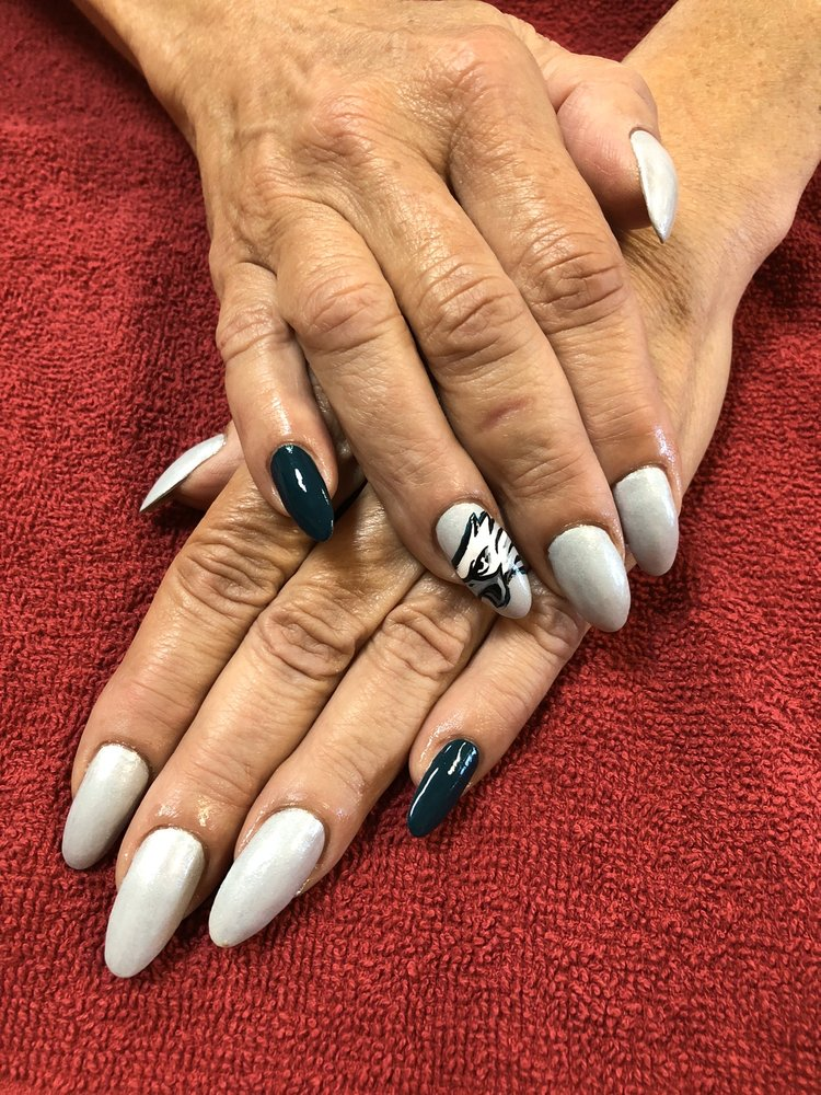 5 Star Nail & Spa: 17966 N Tamiami Trl, North Fort Myers, FL