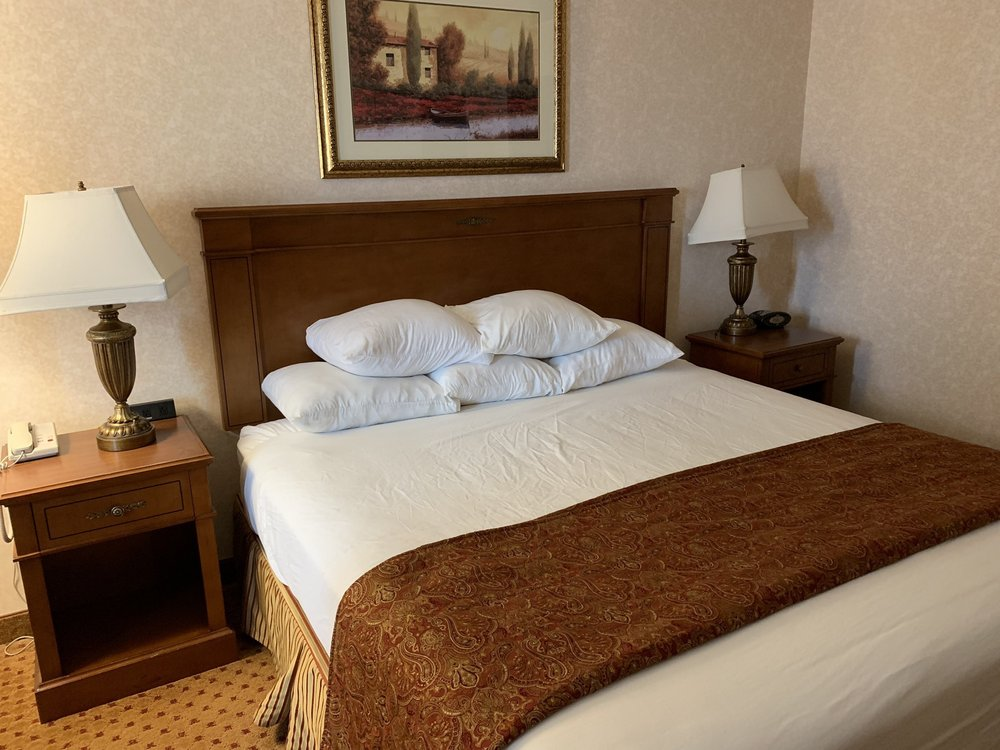 Drury Inn & Suites Sikeston: 2608 E Malone Ave, Sikeston, MO
