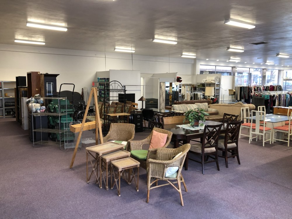 Hinds Hospice Thrift Store