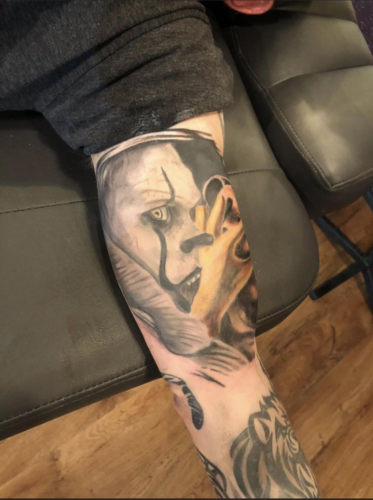 War Paint Tattoo Mercantile: 121 S Main St, Bristow, OK