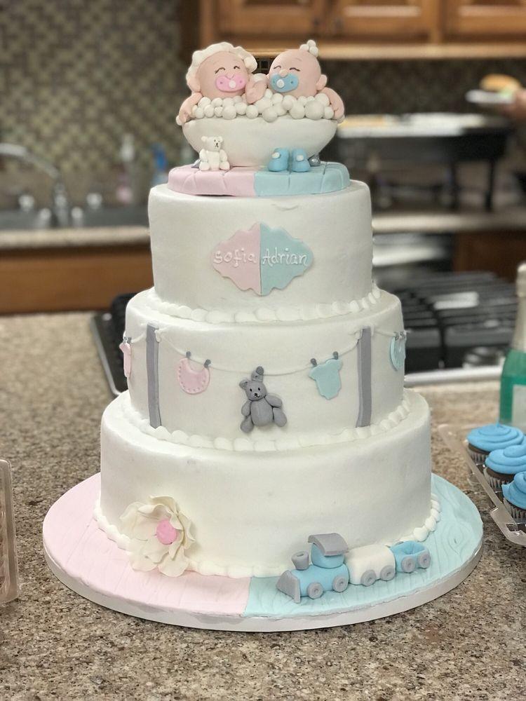 Nellies Custom Cakes