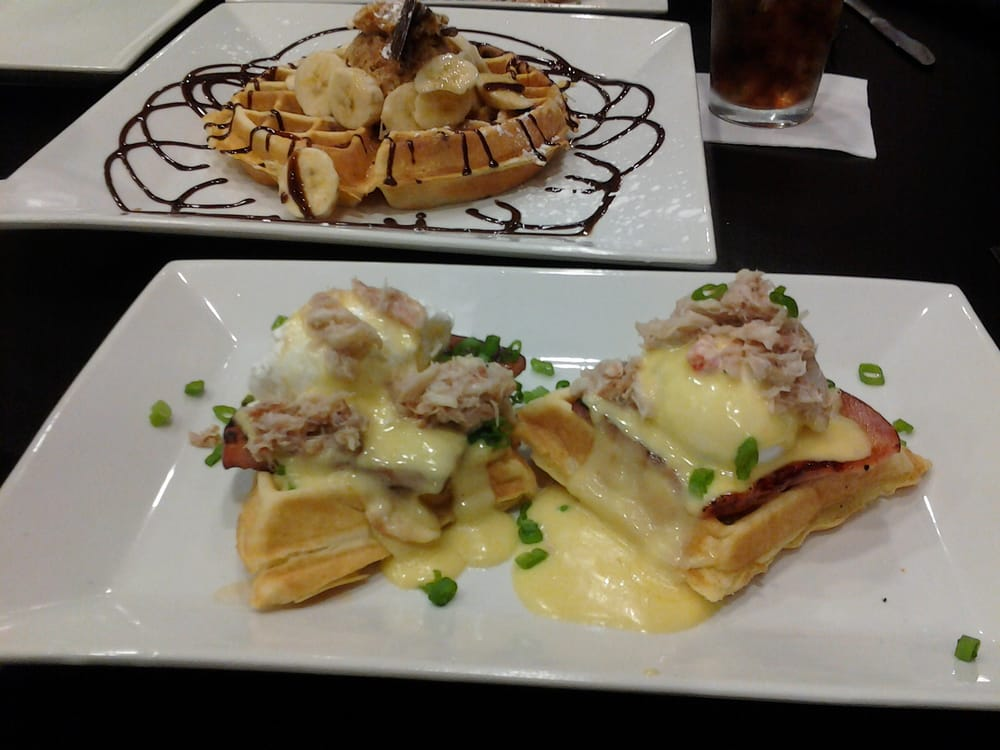 Is There A Restaurant Near Me That Serves Waffles