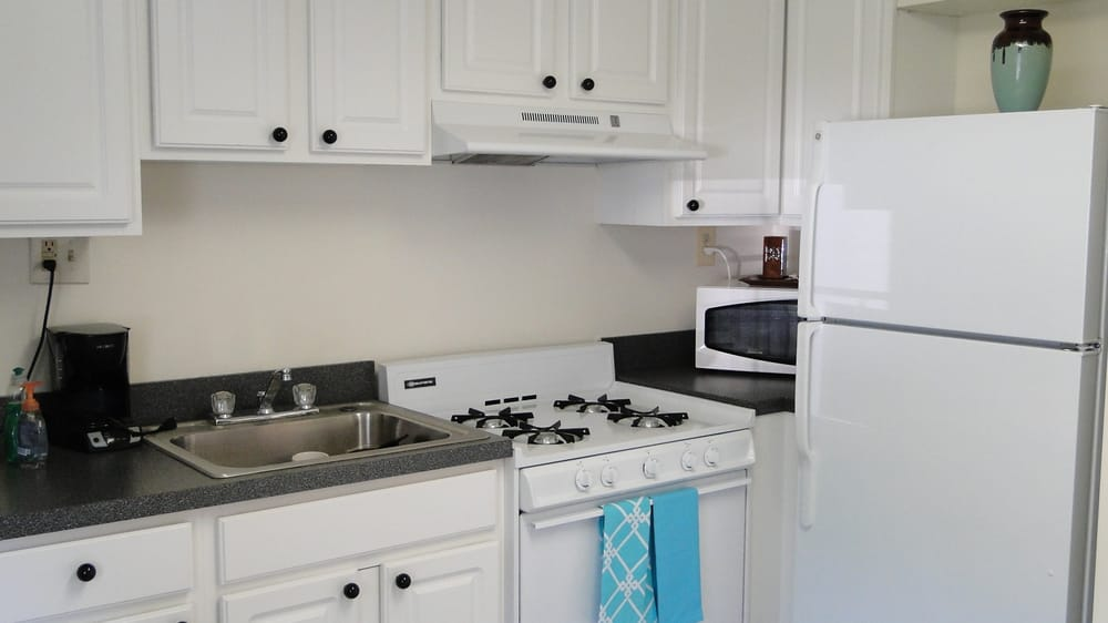 Townhomes at River's Crossing: 41 Stemmer's Run Rd, Essex, MD