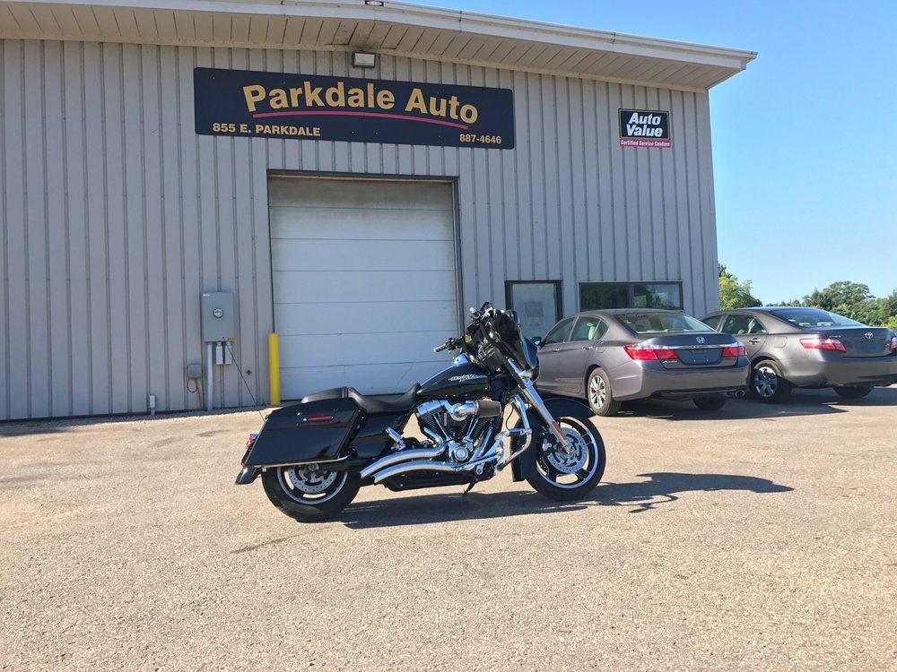 Parkdale Auto Sales & Service: 855 E Parkdale Ave, Manistee, MI