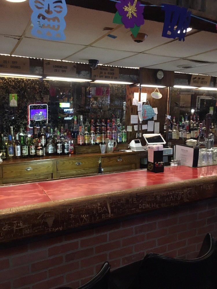 Hi Way Inn: 231 N State St, Hillman, MI