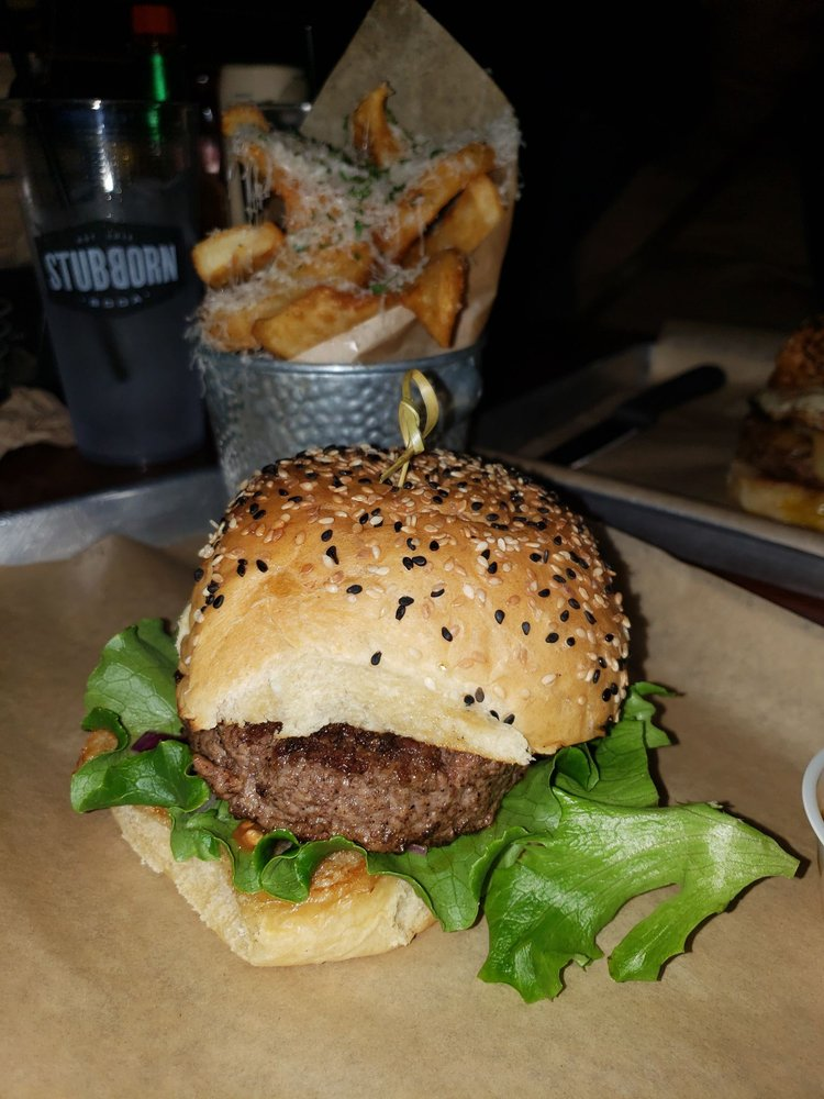 Hawx Burger Bar & Electro Lounge
