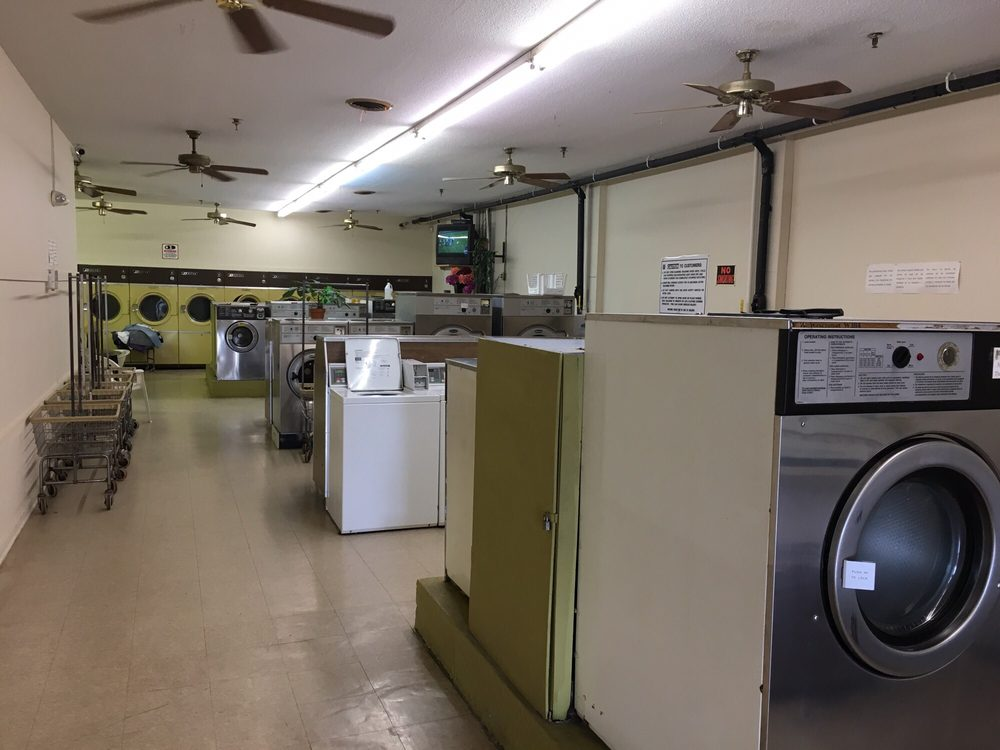Hillsborough Boone Square Laundromat: 110 Boone Square St, Hillsborough, NC