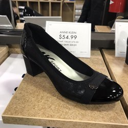 80b10081dfe DSW Designer Shoe Warehouse - 9880 West Broad St, Glen Allen, VA ...