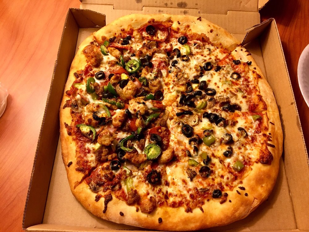 Home Run Pizza: 1031 N Riverside Dr, Espanola, NM