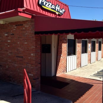 27 reviews of Pizza Hut