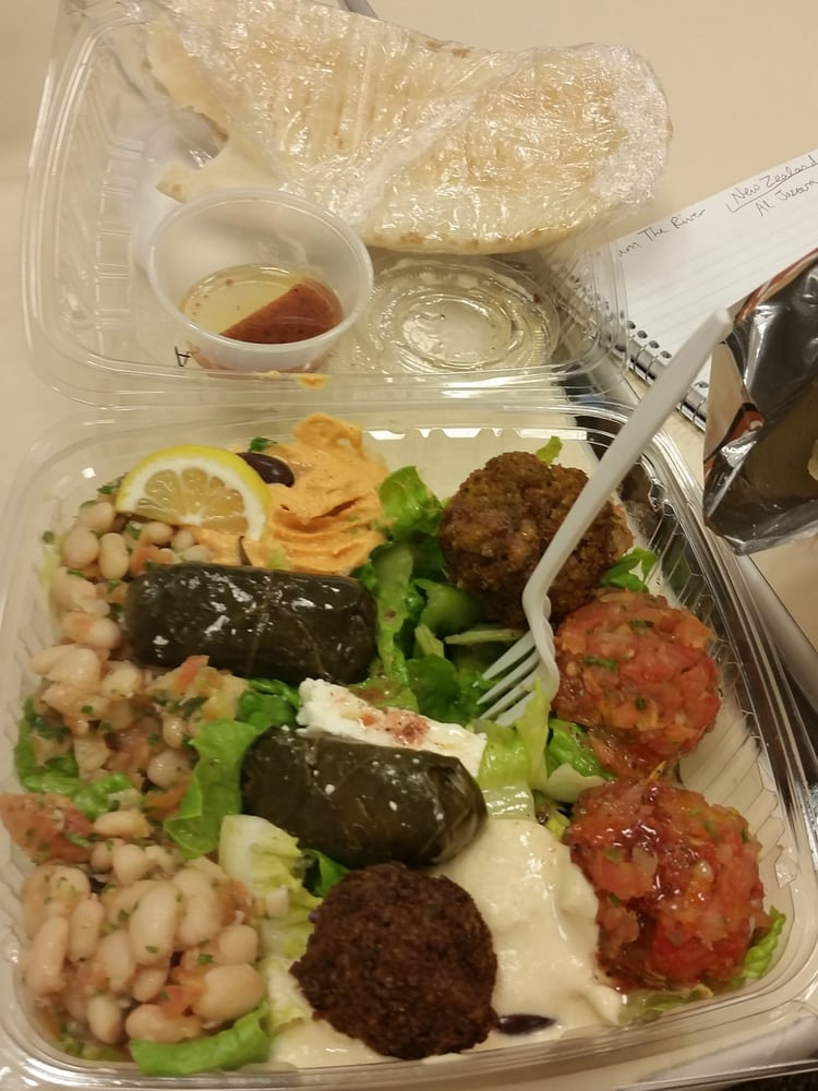 The perfect pita 13 photos 46 reviews greek for Alexandria mediterranean cuisine