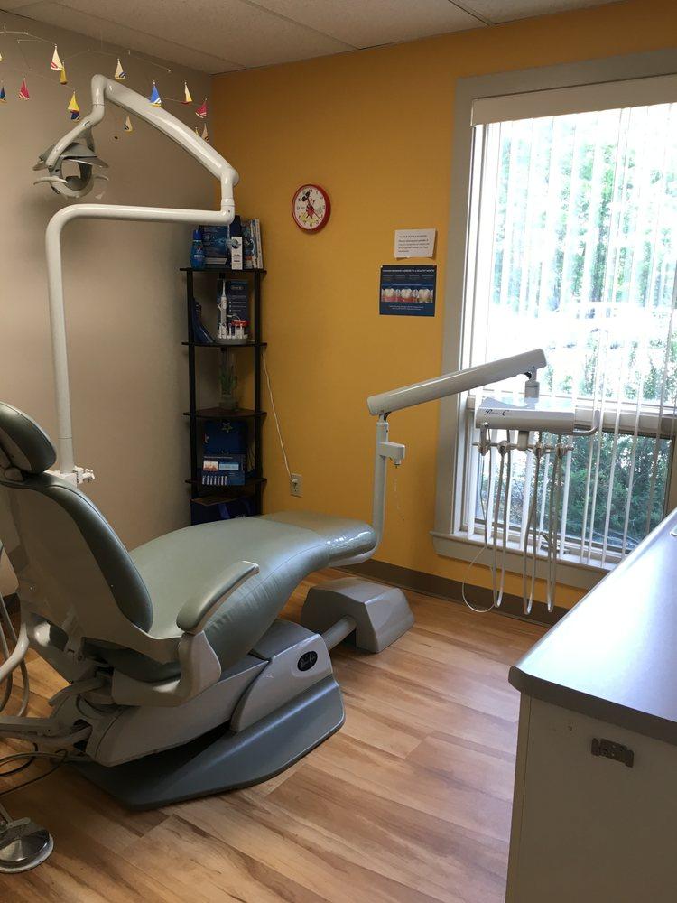 Biddeford Family Dentistry: 28 W Cole Rd, Biddeford, ME