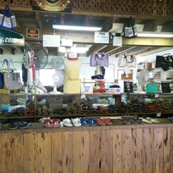 Kino sandals 53 photos 51 reviews shoe stores 107 for Key west jewelry stores