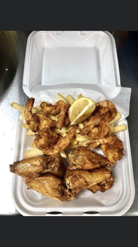 Chicken N Fish Delish: Jacksonville, FL