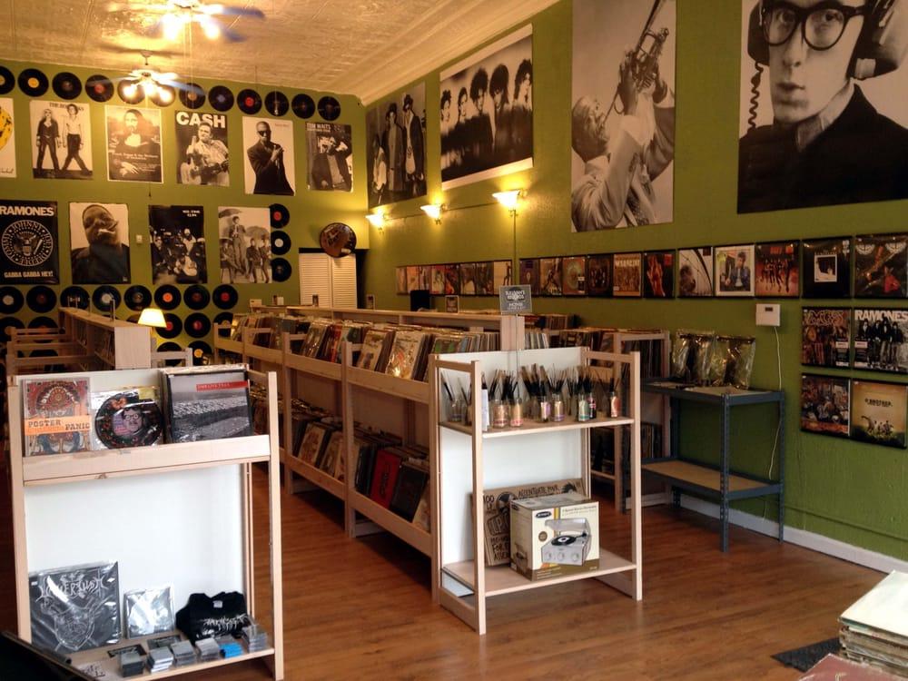 Sullivan's Records: 1588 Washington St E, Charleston, WV