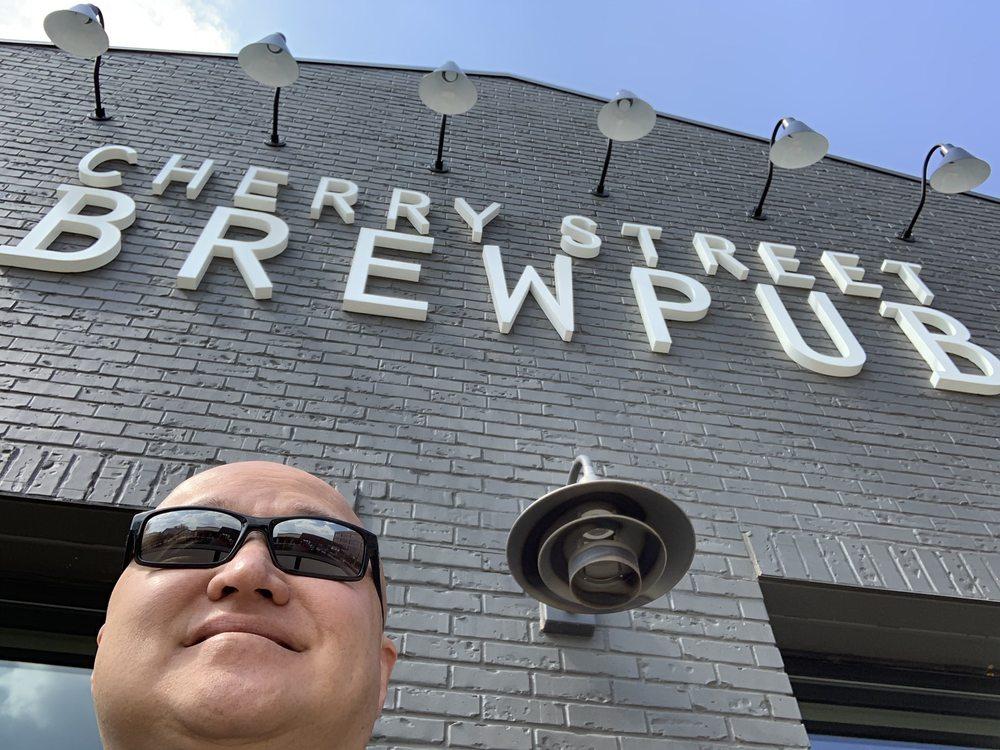 Cherry Street Brewpub at Halcyon: 6640 Town Square, Alpharetta, GA