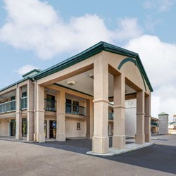Photo Of Rodeway Inn Suites Grenada Ms United States