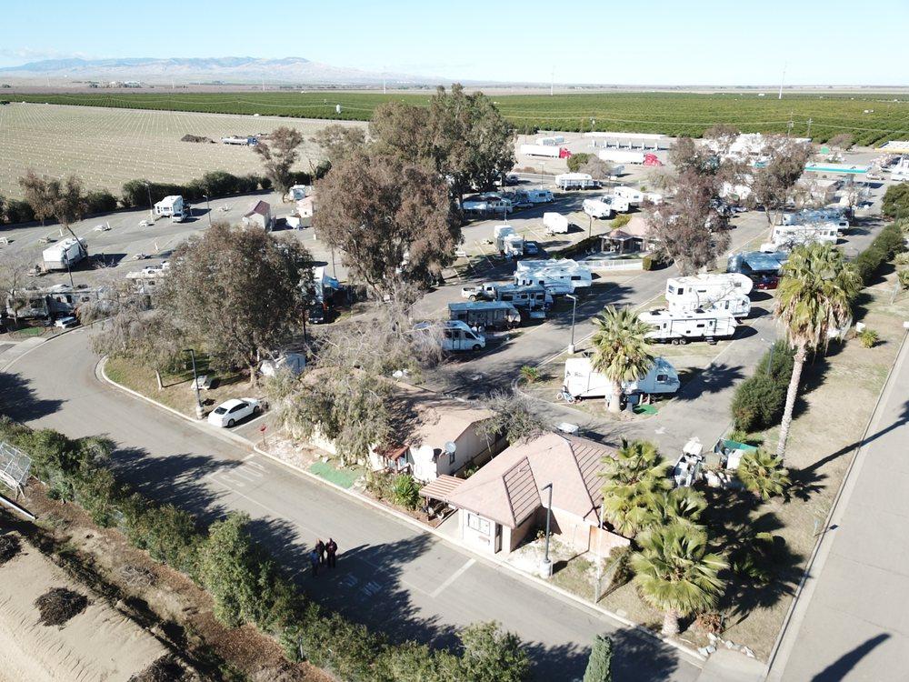 Almond Tree Oasis: 41191 S Glenn Ave, Coalinga, CA