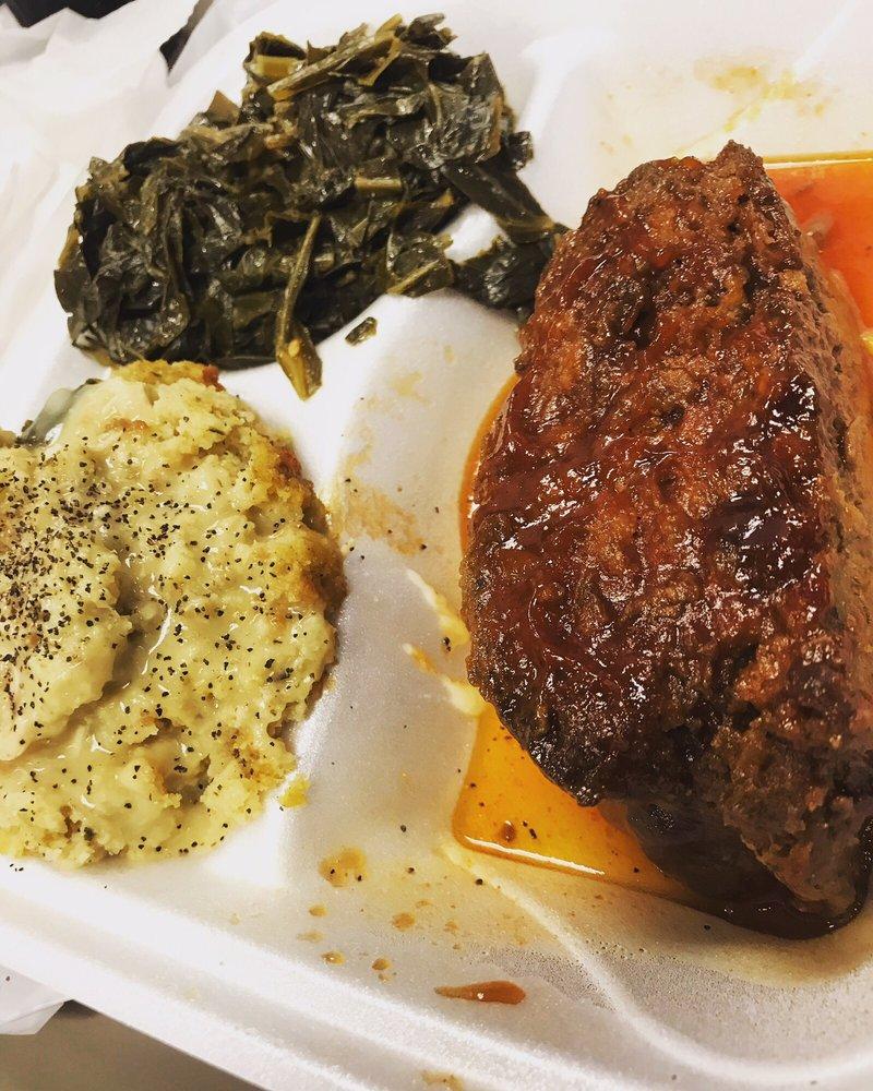 Zatie's Southern Cuisine: 1805 Center Point Pkwy, Center Point, AL