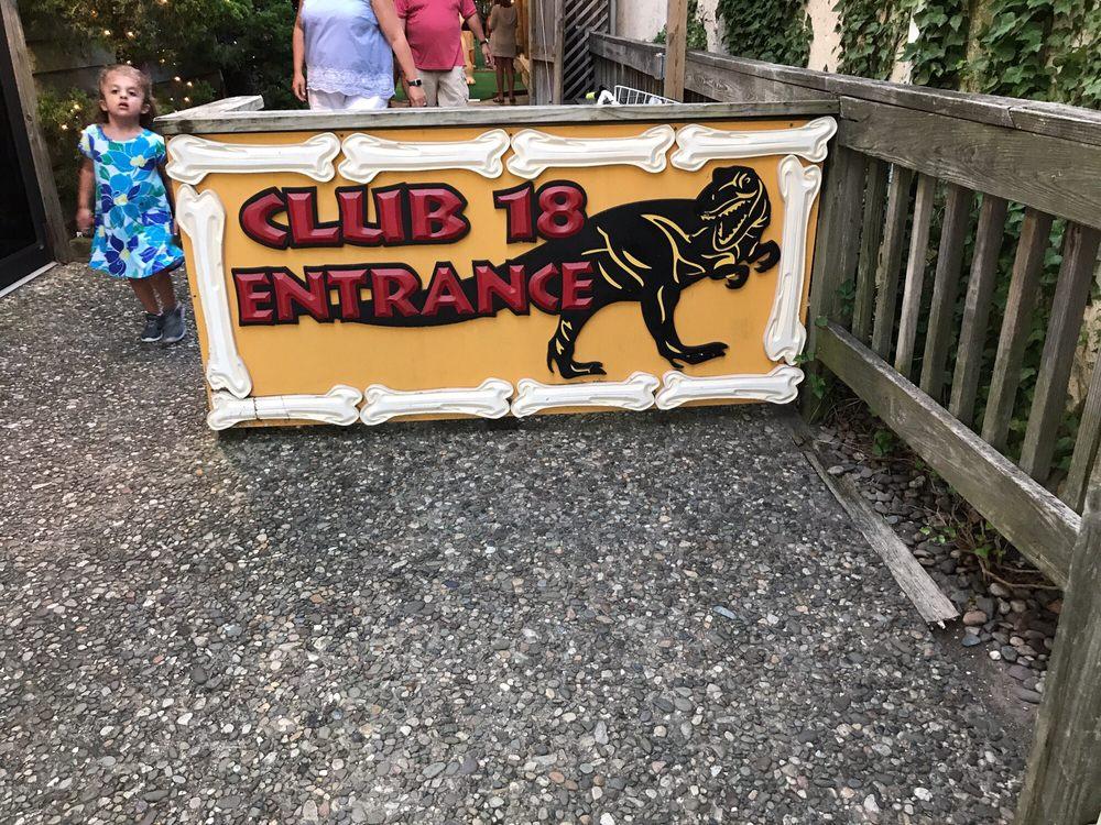 Club 18 Miniature Golf: 9505 3rd Ave, Stone Harbor, NJ