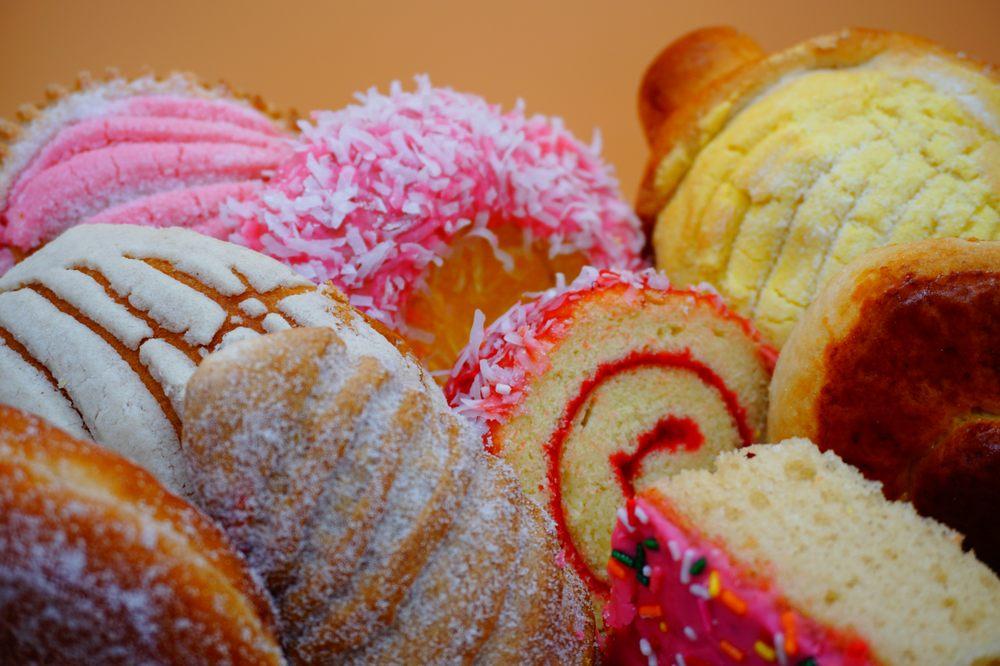 Garcia's Bakery: 5805 State Rd 674, wimauma, FL