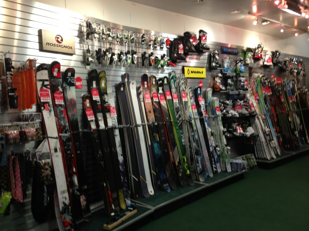 Mar 29,  · This place has amazing equipment fir sports lovers from skis to tennis with boots, sports shoes, uniforms exercise equipment. Etc. the people who work there are well versed in aspects of the sports and are a great help to all.4/4().