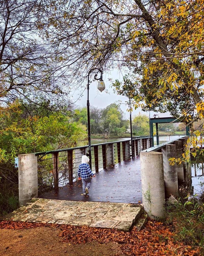Mills Pond