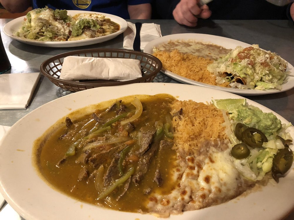 El Vaquero Authentic Mexican: 925 Hwy 4, Arnold, CA