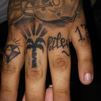 Nittis Tattoo Parlor - CLOSED - 53 Photos & 24 Reviews - Tattoo ...
