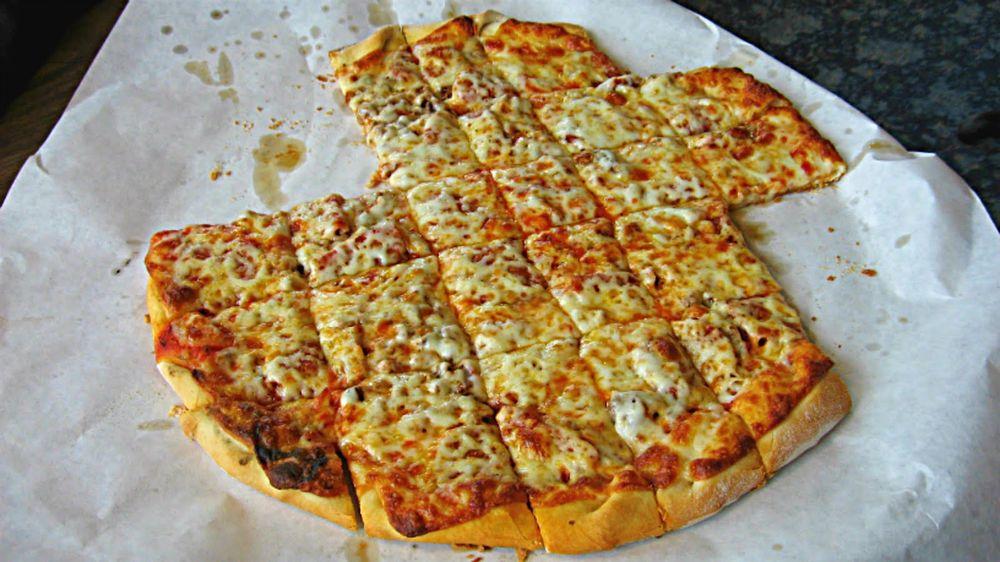 Duane's House of Pizza: 1629 S University Dr, Fargo, ND