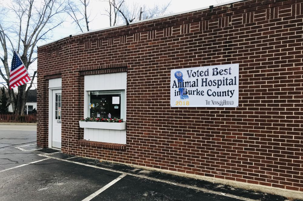 Burke Animal Clinic: 1034 E Union St, Morganton, NC