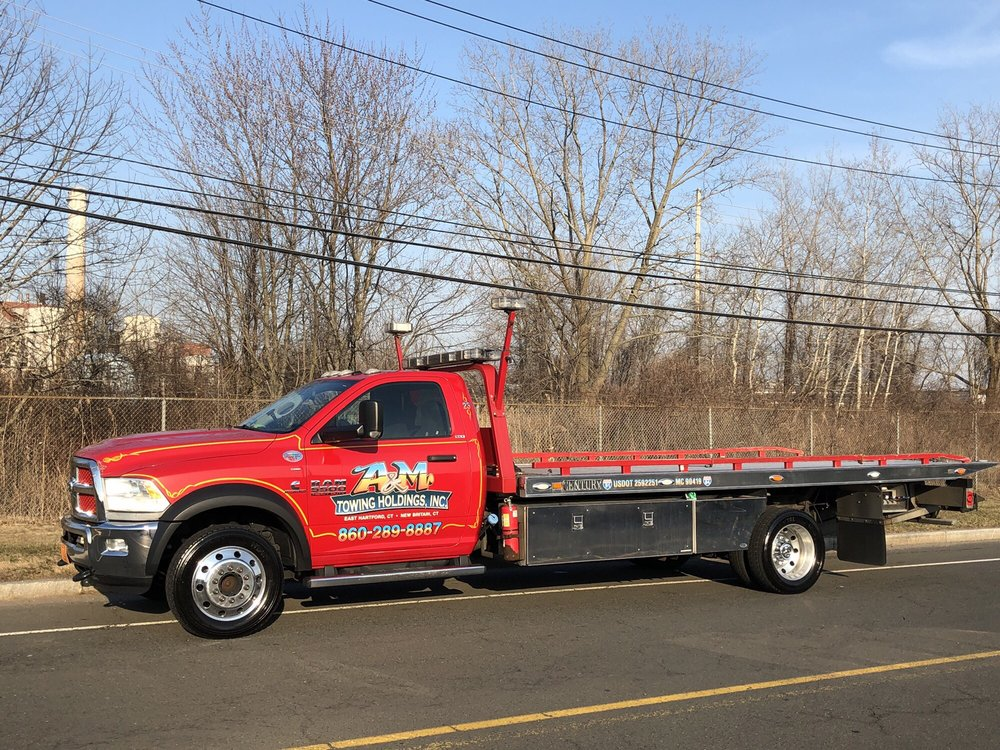 Towing business in Bloomfield, CT