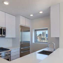 Photo Of 777 6th Avenue Apartments New York Ny United States Kitchen