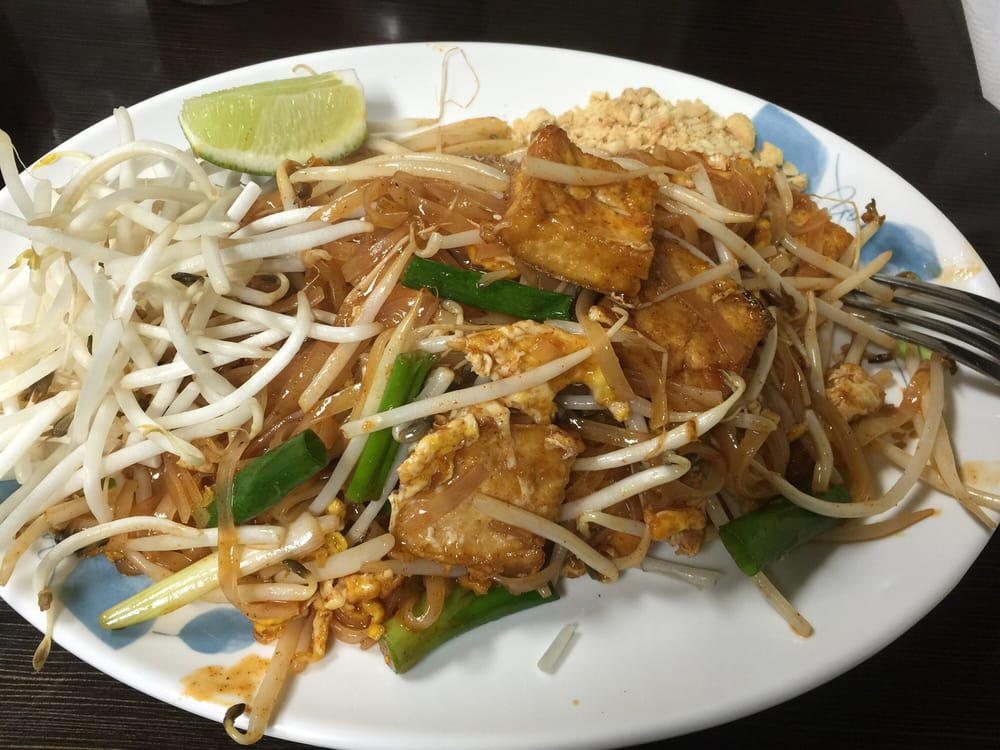 Tbc thai beam cuisine delivery 47 photos 141 reviews for Authentic thai cuisine los angeles