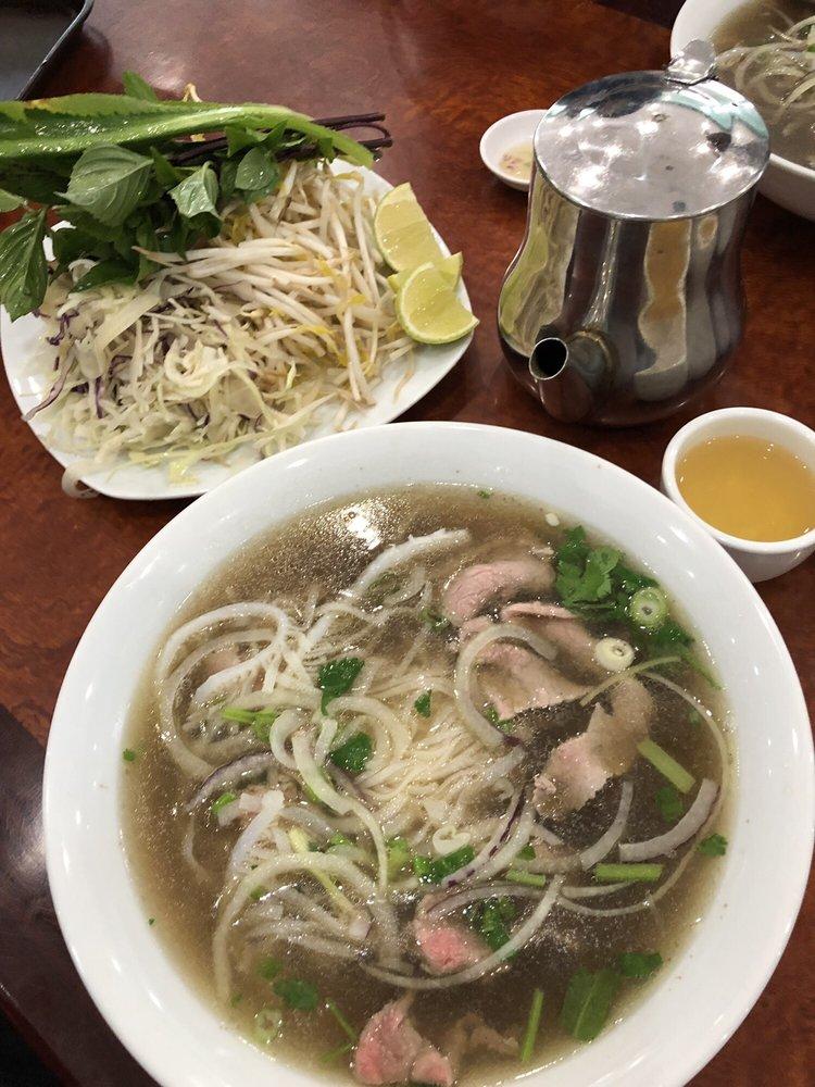 Pho Mi Binh Minh