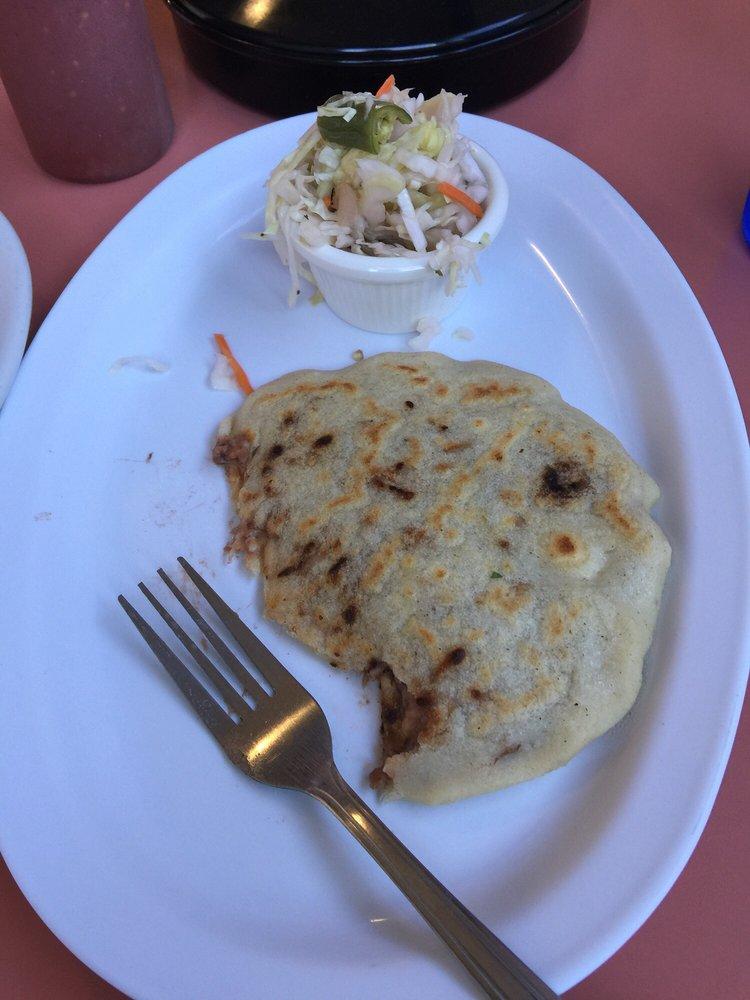 Vicky's Salvadorean Restaurant: 1409 S Gold St, Centralia, WA